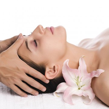 Lymphatic Detoxification Facial Therapy